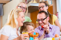 Familie ontbijt