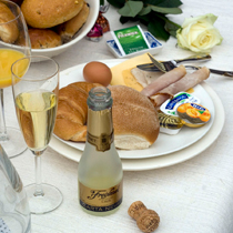 Moederdag Champagne Verwen Ontbijt